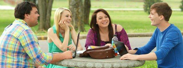 college_students_studying_1280x480-640x240