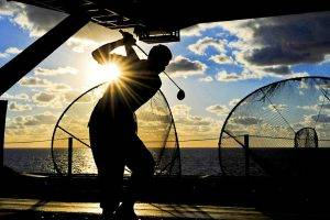 sports-golf-sunset-silhouette-300x200